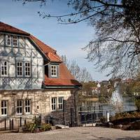 Blick zum Standesamt mit See [(c) Stadtverwaltung Bad Salzungen]