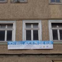 leer stehendes Haus in der Kurhausstraße ©Alina Sauer